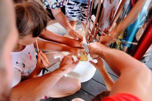 Miodobranie - Last rąk czeka na pierwszy miód